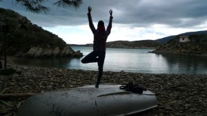 tree pose at Cala Guilolla beach