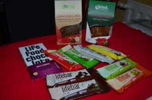raw vegan Lifefood energy bars and crispbread